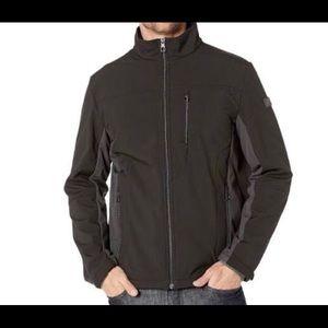 NEW Men's Tumi stretch soft shell jacket